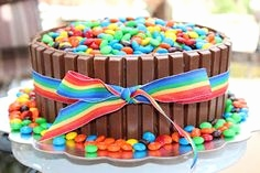 Smarties Kuchen Mit Kitkat Einzigartig Smartie Birthday Cake Mum In the Mad House Pinterest
