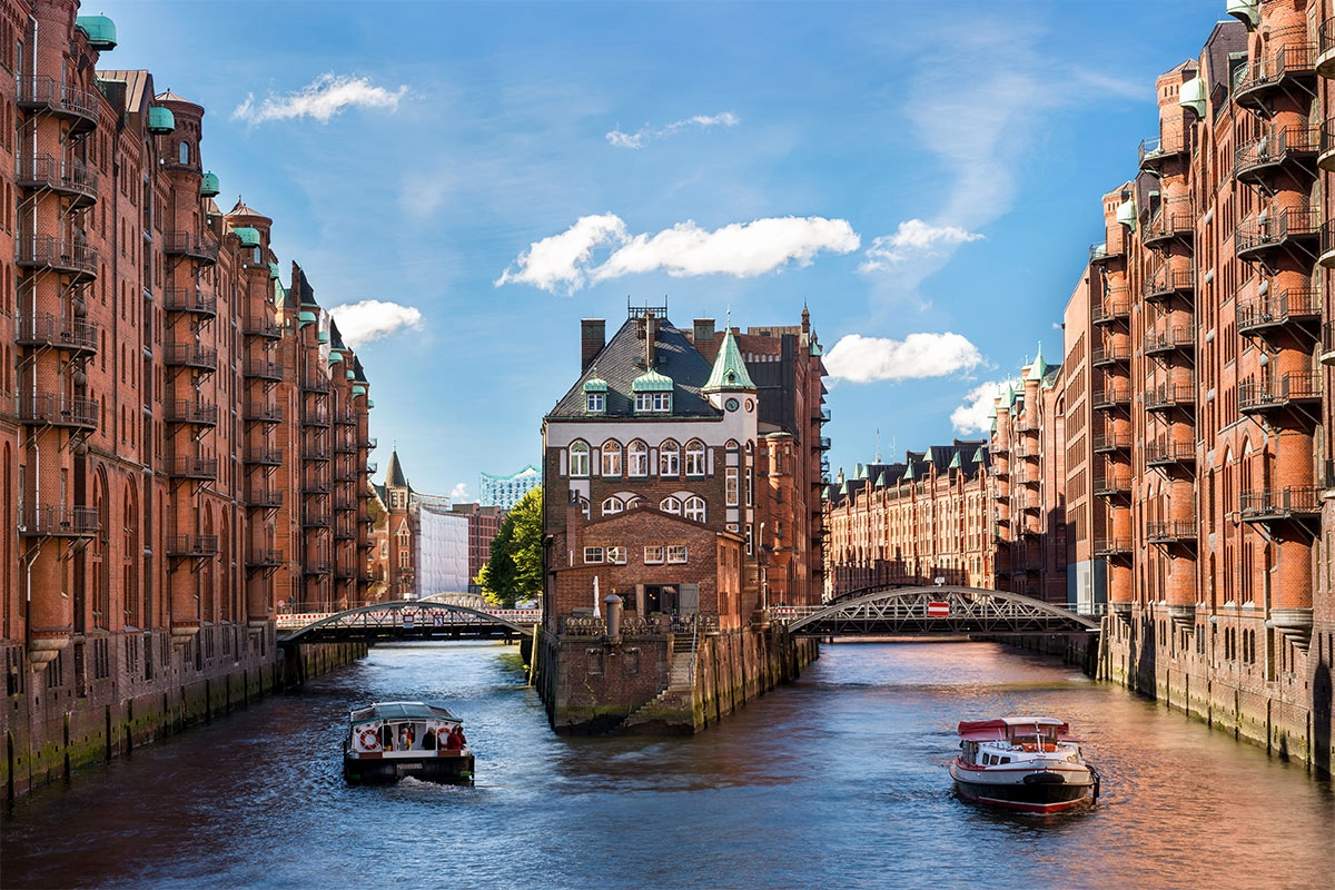 Free Your Stuff Hamburg Genial Bus to Hamburg From $0 99