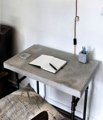 "Schreibtisch Industrial Design Frisch Concrete ""mini Desk"" Made Out Of solid Concrete with A Iron Pipe"