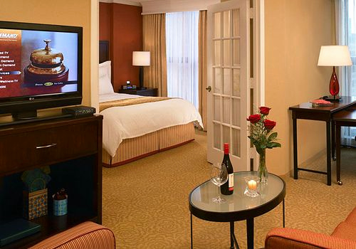 Sofa Outlet Hannover Elegant Hotels In Deerfield Search for Hotels On Kayak